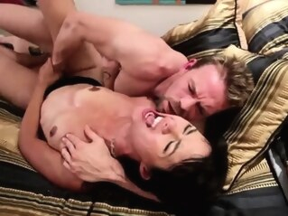 FapVid brunette fetish hardcore