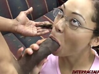 FapVid brunette blowjob doggystyle