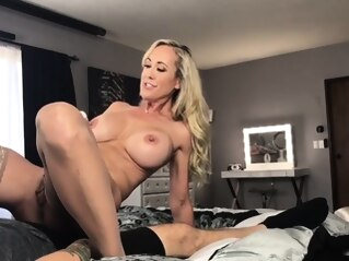 amateur big boobs blonde at FapVid