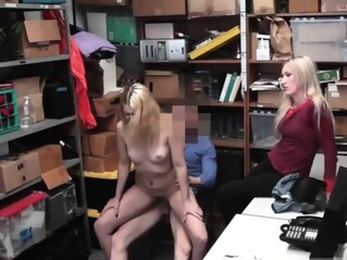 blonde blowjob hairy at FapVid
